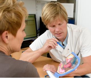 gynaecoloog-oncoloog Cor de Kroon van het LUMC (foto LUMC)